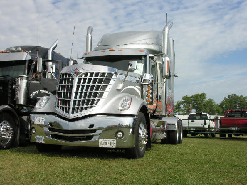 New International Lonestar tractor at truck show
